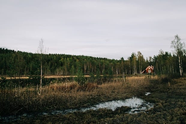 Cabin next to a lake in the Norwegian woods